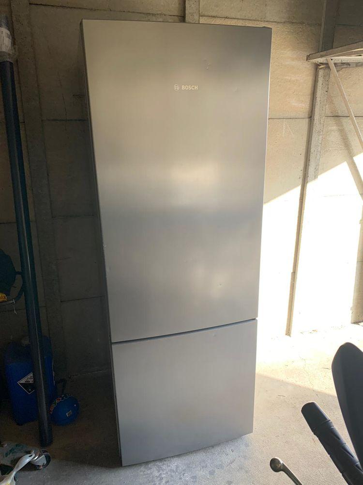 Réfrigérateur congélateur BOSH  300 Melun (77)