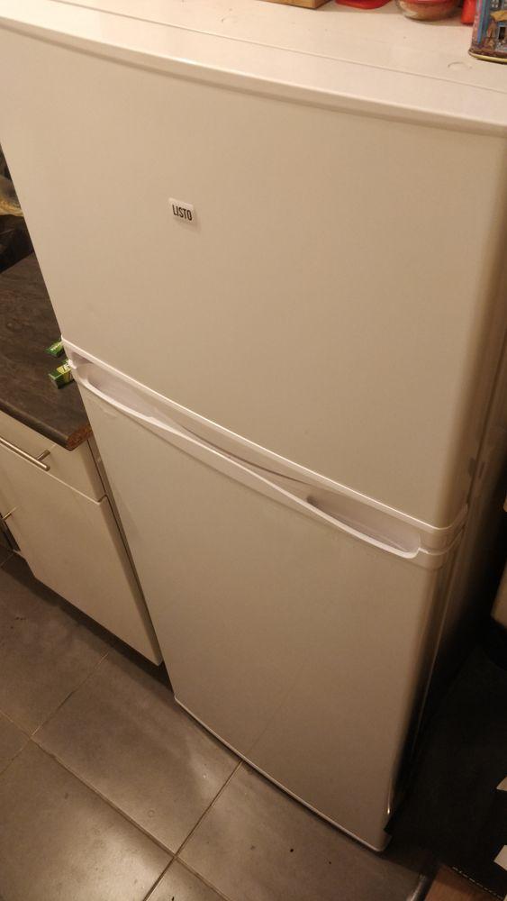 Réfrigérateur congélateur très bon état, marque Listo 100 Paris 10 (75)