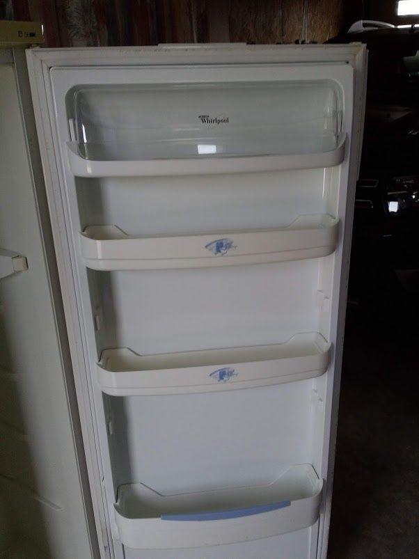 réfrigérateur en bon état 180 L marque whirlpool 100 La Meilleraie-Tillay (85)