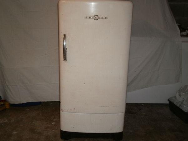 Réfrigérateur frigéco ancien 0 La Garnache (85)