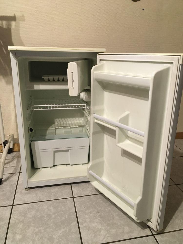 Réfrigérateur FAR sous plan 40 Rive-de-Gier (42)