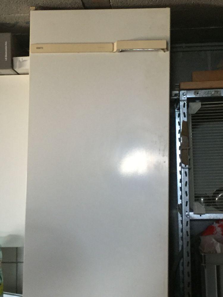 Réfrigérateur 30 Carqueiranne (83)