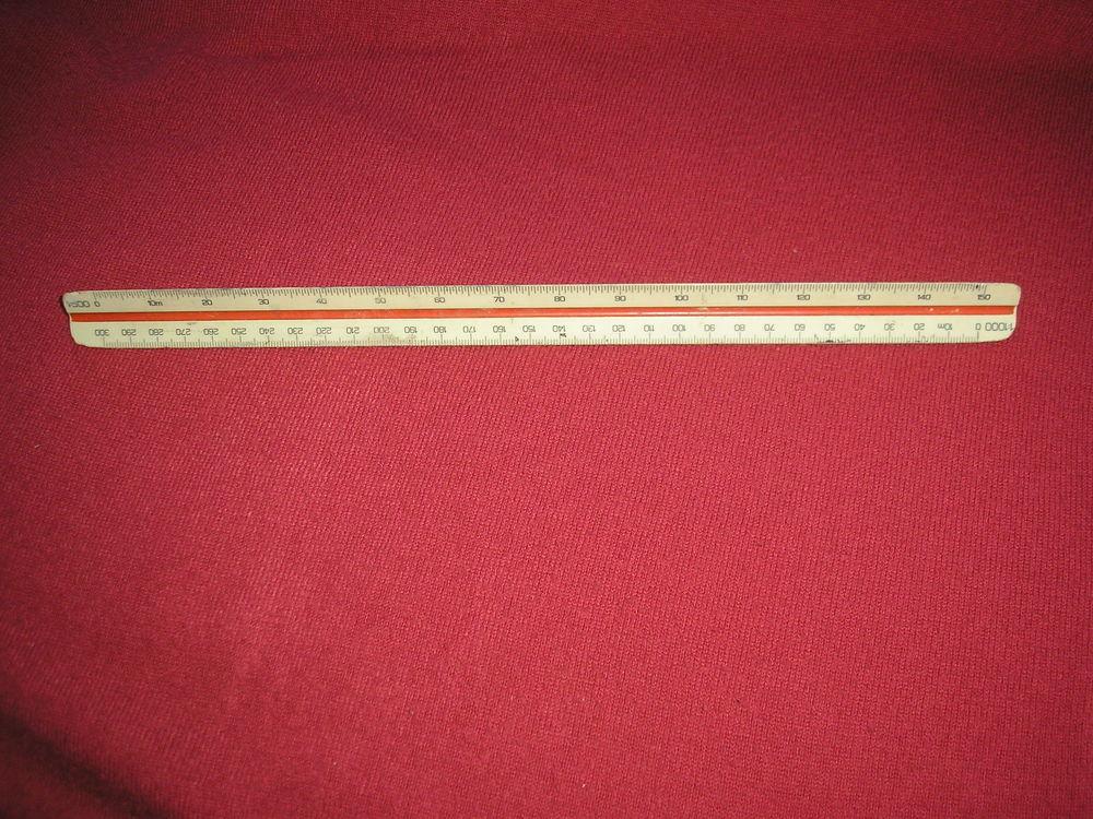 Règle triangulaire LINEX 304 20 Laize-la-Ville (14)