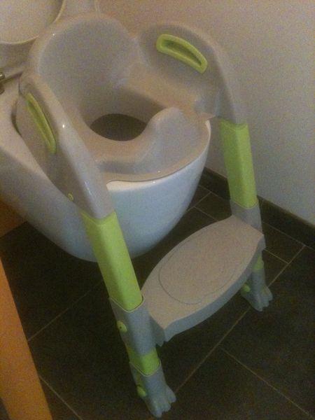 Rehausseur de WC enfant pliable 15 Sainte-Geneviève-des-Bois (91)