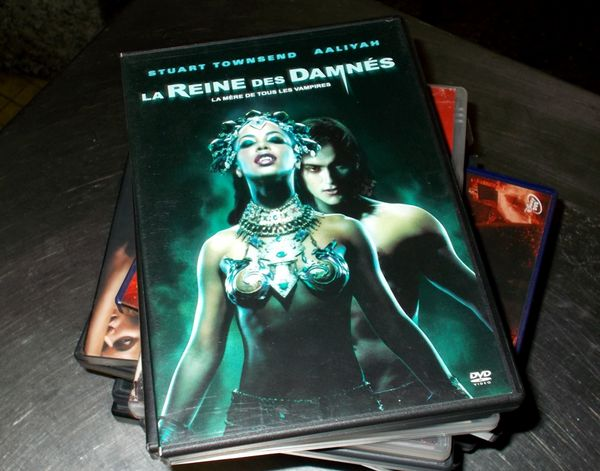 Dvd la reine des damnés mère de tous les vampires  5 Monflanquin (47)