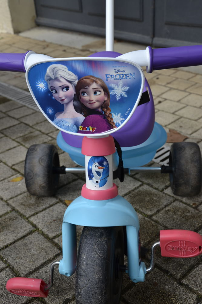 La reine des neiges SMOBY TRICYCLE ÉVOLUTIF BE MOVE 10 Bourg-de-Péage (26)