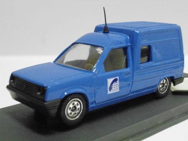 Renault Express 'France Télécom' - VEREM 20 Follainville-Dennemont (78)