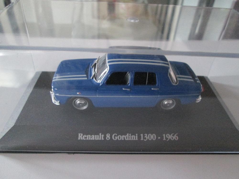 Renault miniature 12 Roquebrune-Cap-Martin (06)