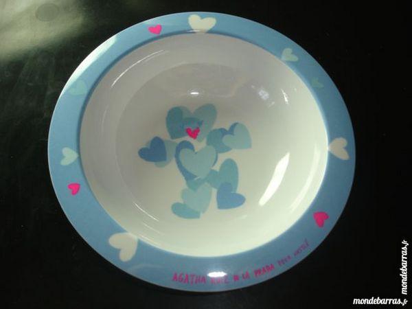Bol repas bébé Nestlé bleu blanc rose  motif cœur 2 Poissy (78)