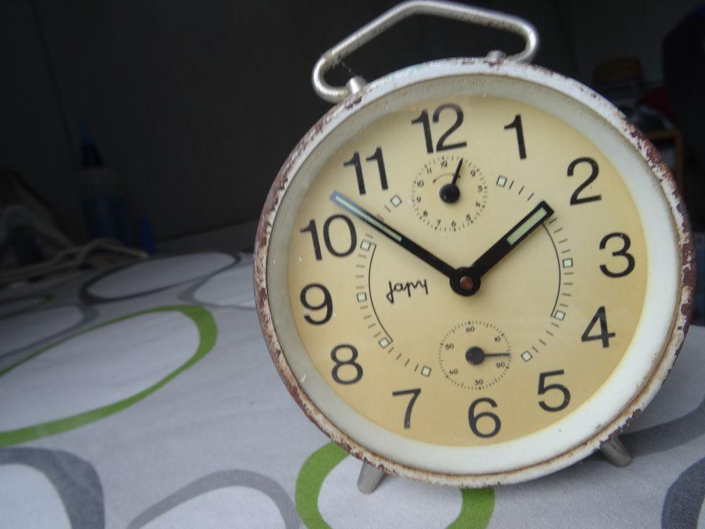 réveil  ancien japy 10 Merville (59)