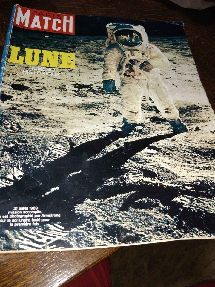 Revue Paris match année 1969,ancienne revue 10 Beyssenac (19)