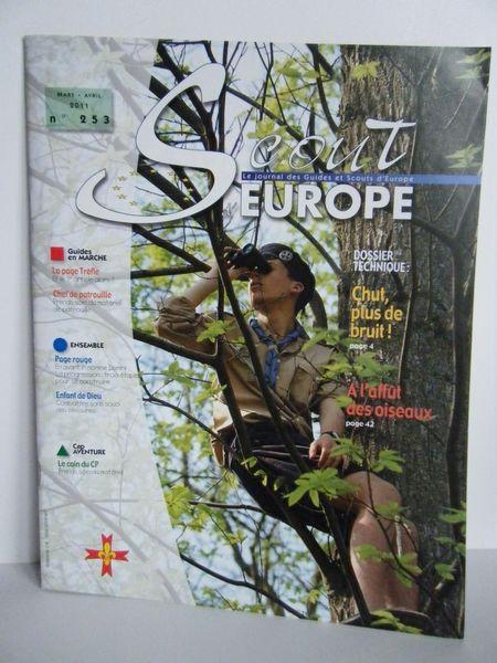 Revue SCOUTS D'EUROPE N° 253 Avr 2011 Livres et BD