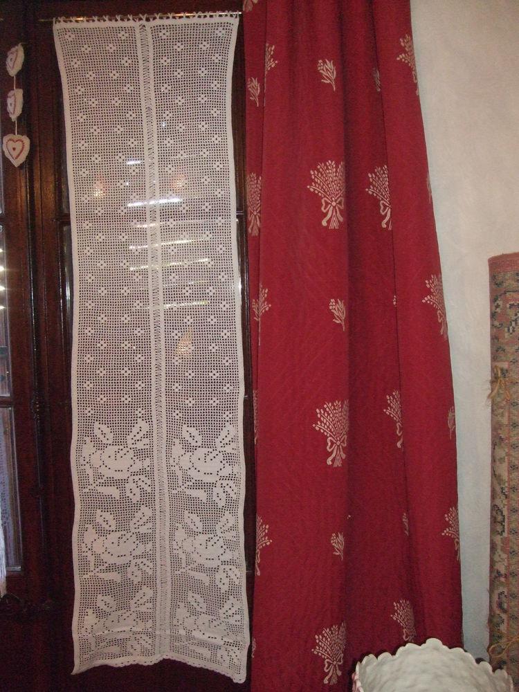 4 Rideaux aux crochet, fait main, Vaucluse, France. 80 Sablet (84)
