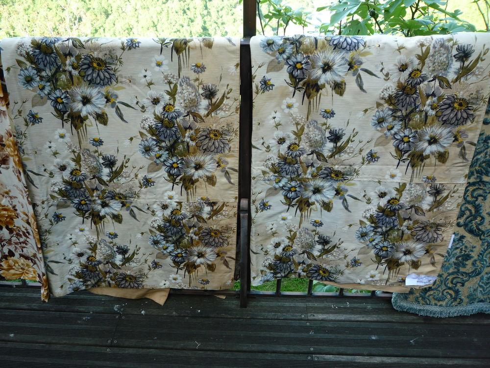 Rideaux/tenture/tissus ameublement/marguerite bleue/doublé  50 Castres (81)