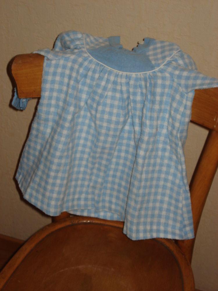 robe bébé file 1 an motifs carreaux bleus et blancs 0 Mérignies (59)
