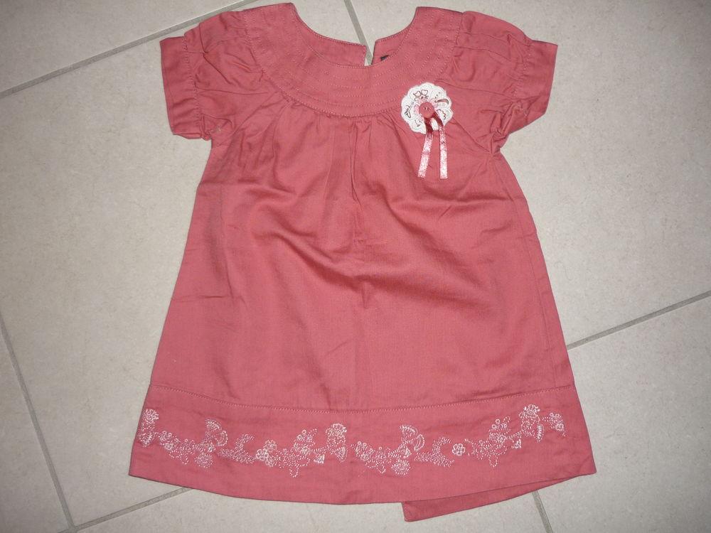 robe bébé fille 3 mois 2 Orléans (45)