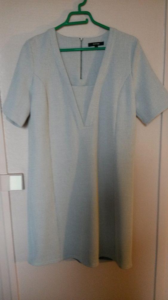 Robe Burton gris clair  25 Noisy-le-Grand (93)