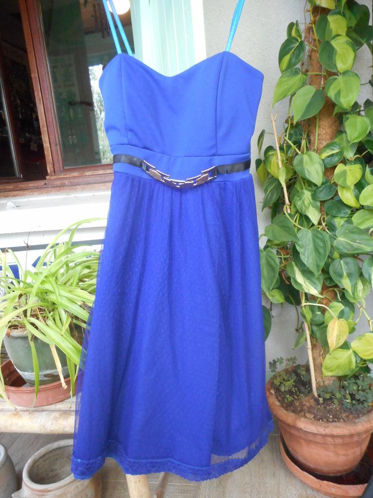 Robe bustier bleue 34/36 30 Nieuil-l'Espoir (86)