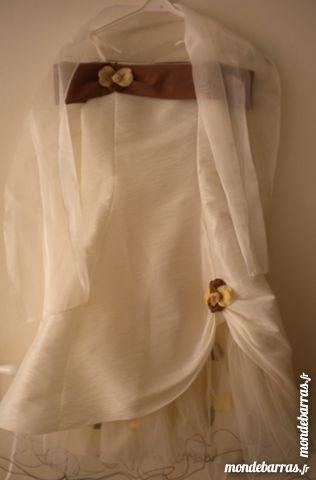 Robe de cérémonie enfant 6 ans 27 Saint-Priest (69)