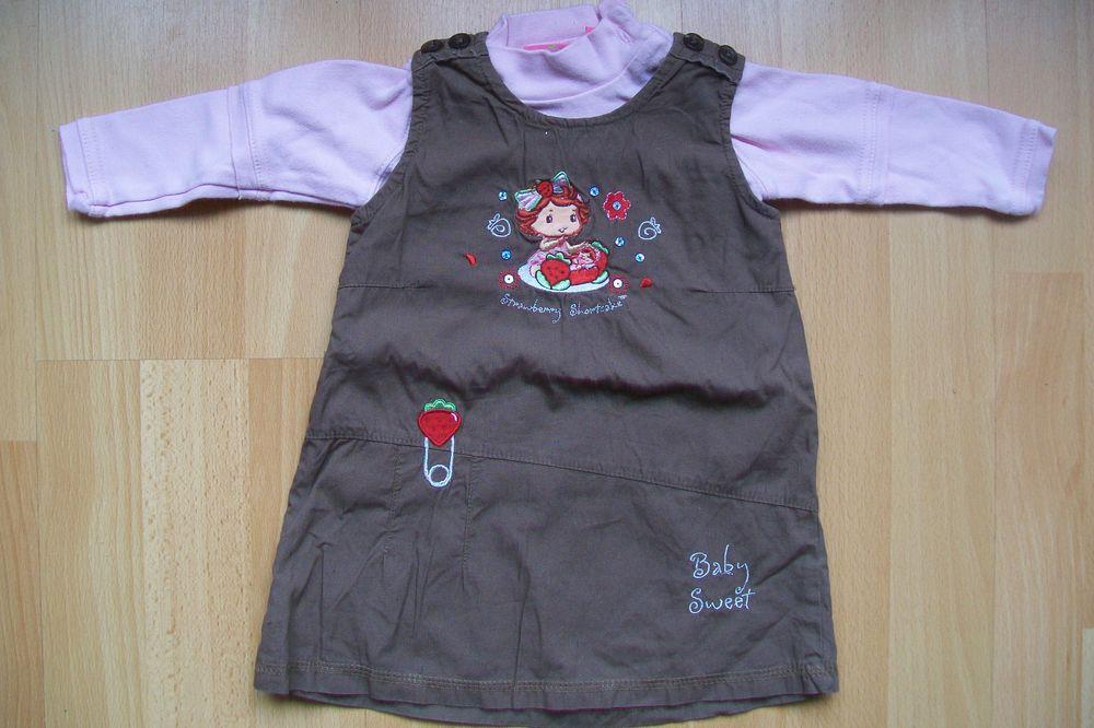 robe charlotte aux fraises de 1 an + son sweat rose clair. 4 Jouy-le-Moutier (95)