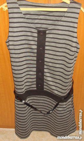 robe chasuble rayer noir et gris t 40:42 15 Argenteuil (95)