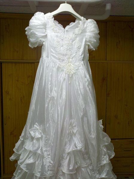 Robe de communion ou demoiselle d'honneur 40 Fameck (57)