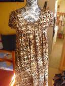 robe courte NEUVE encore étiquette imprimés divers taille 2 8 Lyon 5 (69)