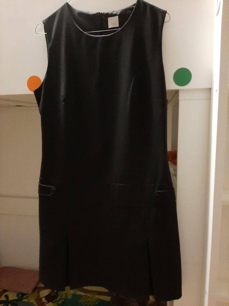 Robe courte,  noir,  40 Monnaie (37)