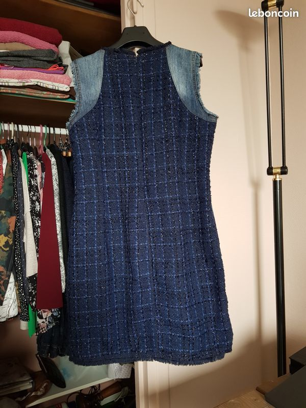 robe Desigual jean brodé 25 Noisy-le-Grand (93)