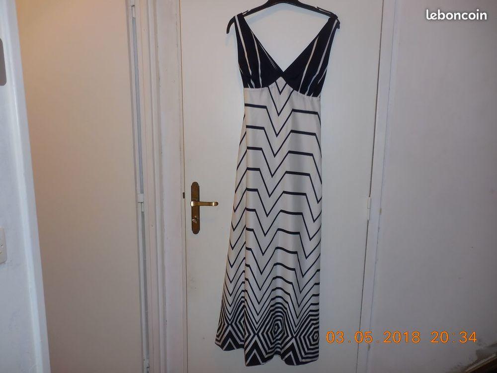 robe élégante 38 40 18 Sète (34)