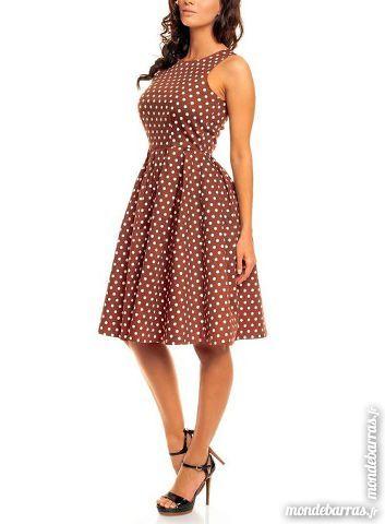 robe femme à pois  T 44/46 30 Entrammes (53)