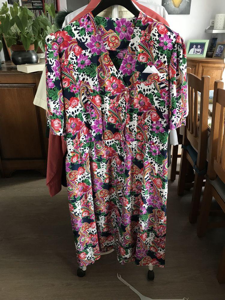 Robe fleurie et fraiche 15 Baudricourt (88)