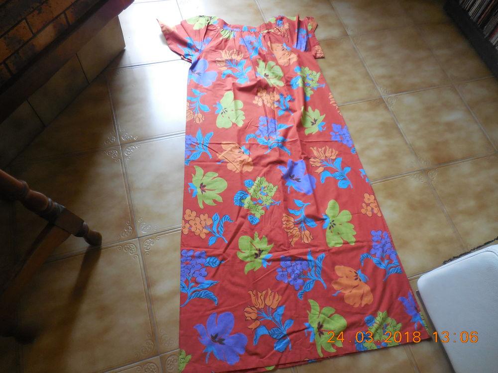 robe à fleurs  t 42 44  6 Sète (34)