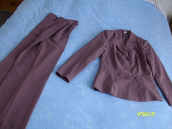 Robe, jupe, ensembles du 36 5 Pleurtuit (35)