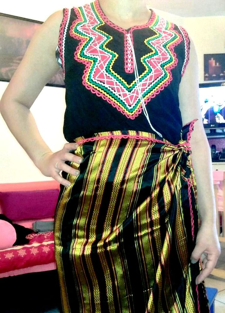 ROBE Kabyle  25 Houilles (78)