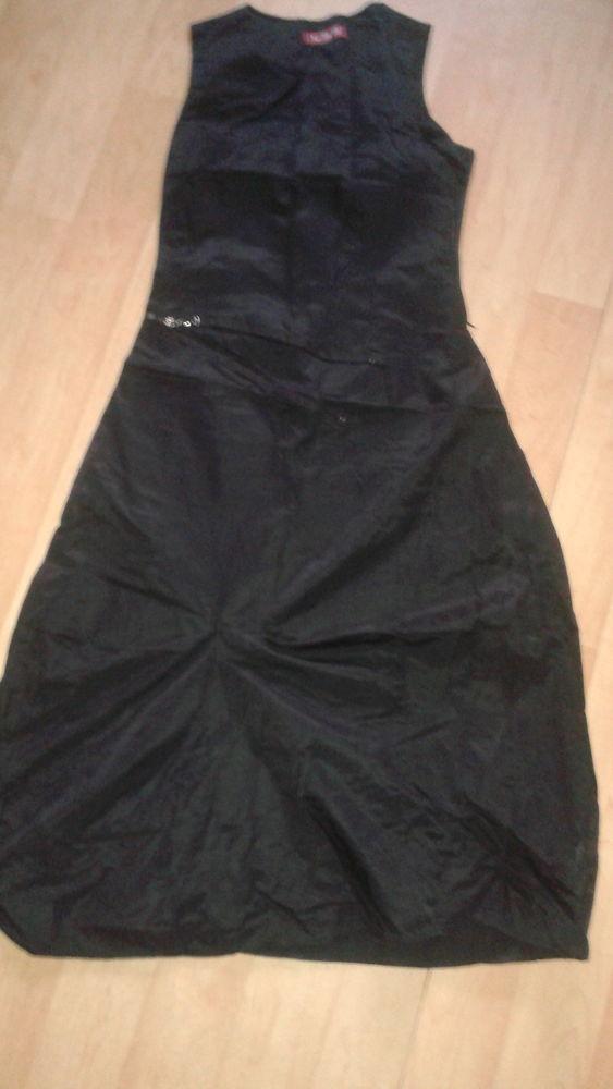 robe longue noir t 38/40 5 Poitiers (86)