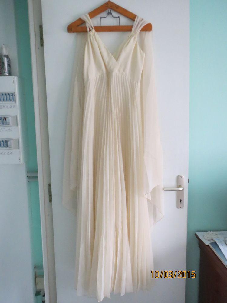 robe longue plissée ave c son foulard 6 Louverné (53)