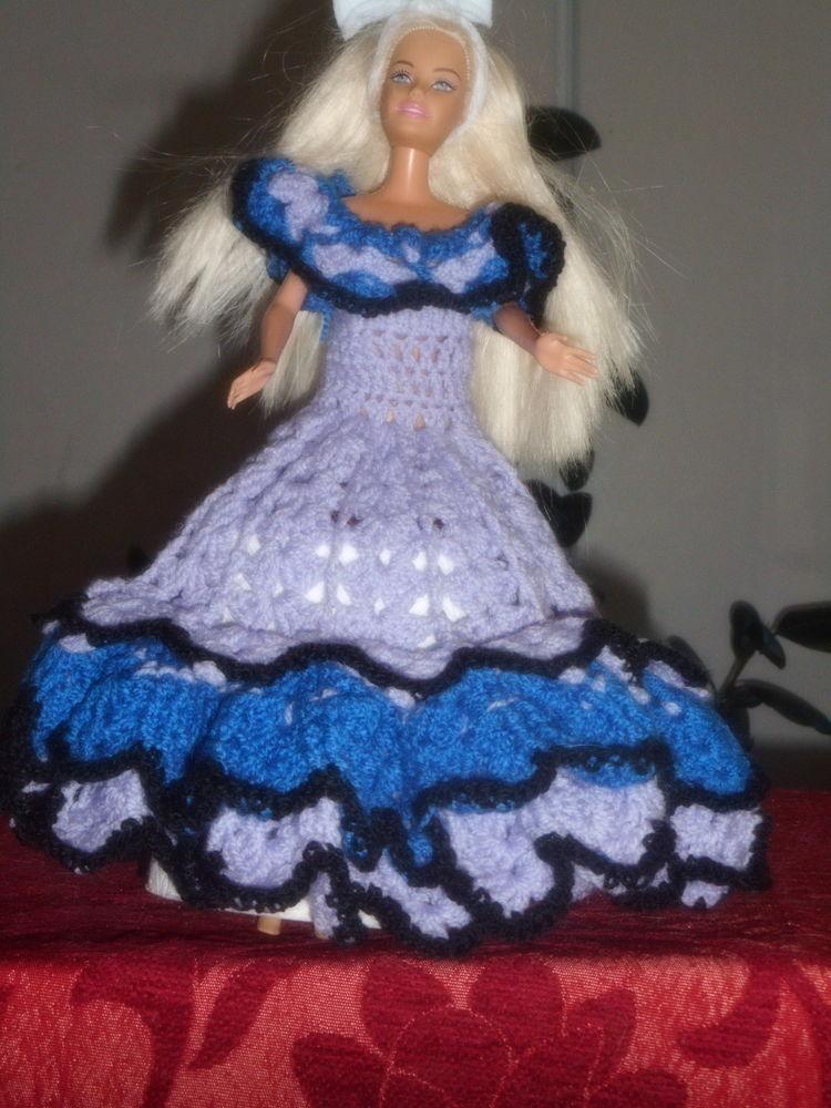 robe longue volantée crochetée main pour barbie 0 Lignan-sur-Orb (34)