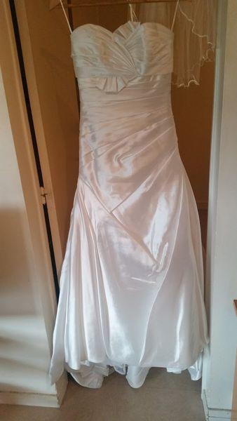 Robe de mariée d'occasion 10 Malakoff (92)