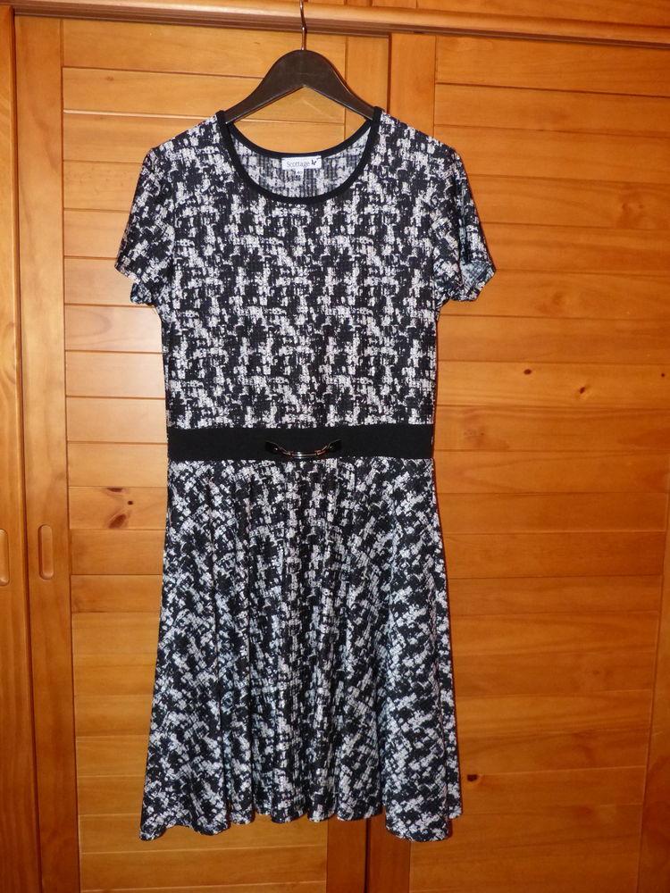 Robe  noir et blanc   Scottage et Robe noire Ikks 10 St Rene Hillion (22)