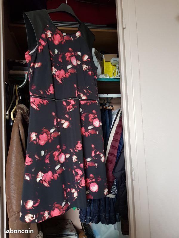 robe Jus d'orange fleurie 25 Noisy-le-Grand (93)