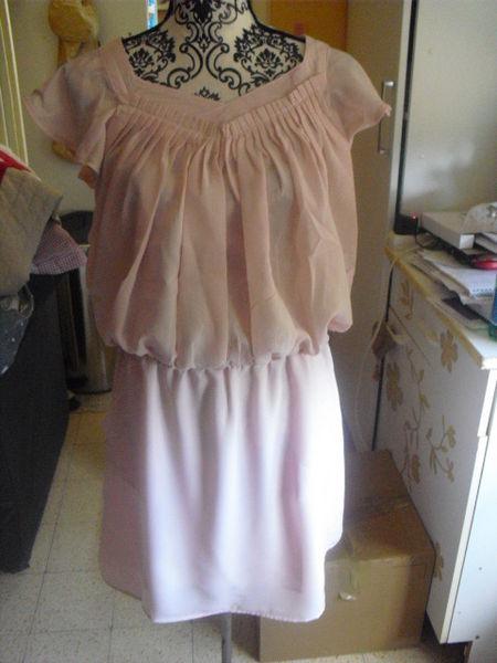 robe a plis rose poudrée NEUVE étiquettée taille 38 10 Lyon 5 (69)