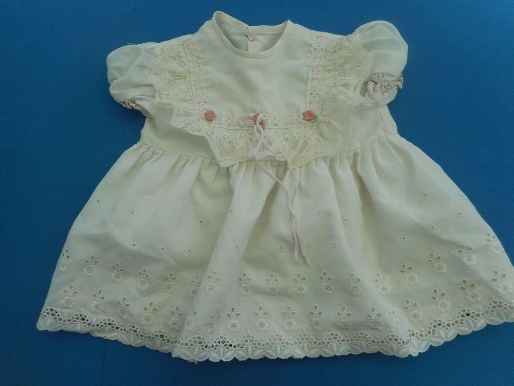 Robe pour bébé vintage blanche avec dentelles 10 Nieuil-l'Espoir (86)