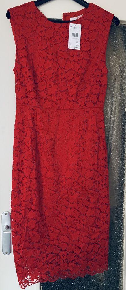 Robe rouge cocktail, soirée Camaïeu 25 Maisons-Alfort (94)