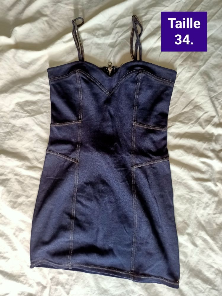 Robe   tee-shirt femme taille 34. 9 Forbach (57)
