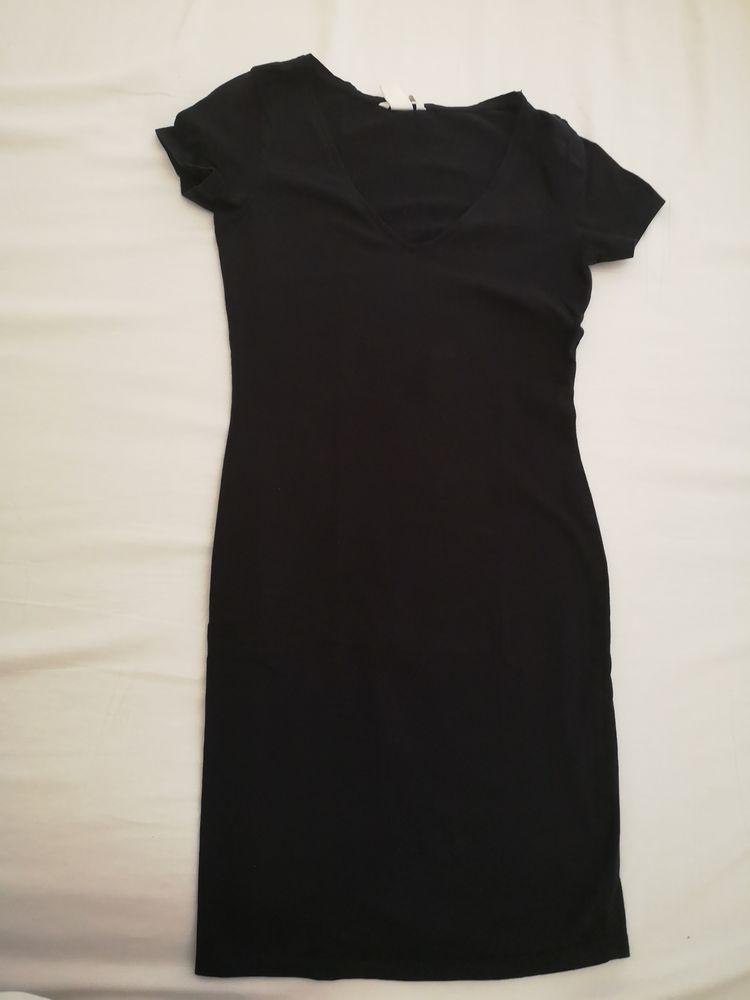 Robe tee shirt  10 Noisy-le-Grand (93)