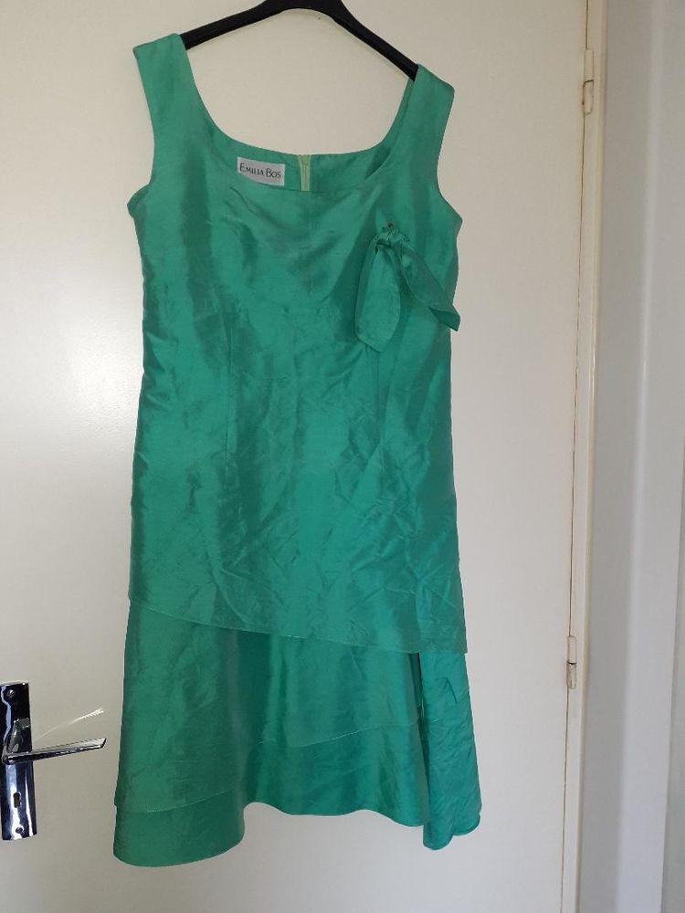 Robe en soie taille 40 250 Grisolles (82)