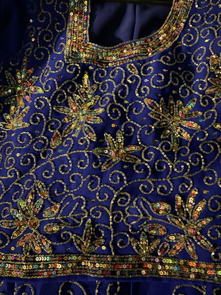 Robe de soirée bleu marine 45 Paris 1 (75)