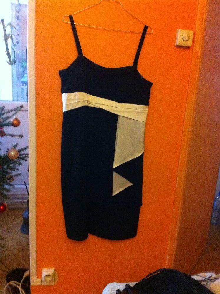 robe de soirée Jupe longue Tailleur veste manches longues 0 Villeneuve-d'Ascq (59)