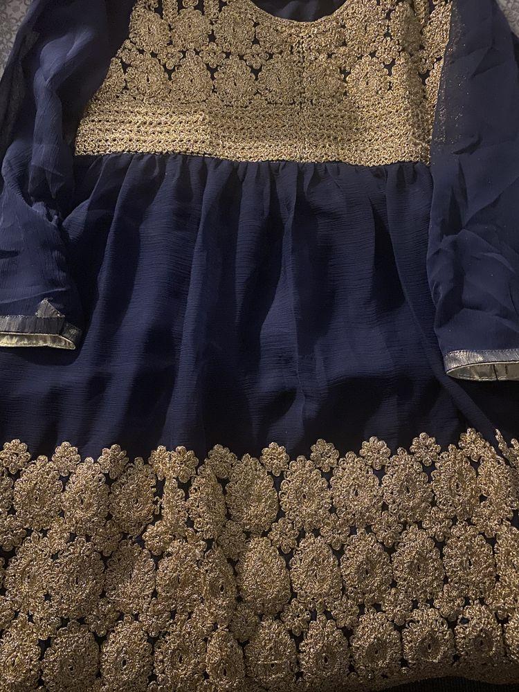 Robe de soirée originaire du Pakistan 45 Paris 1 (75)